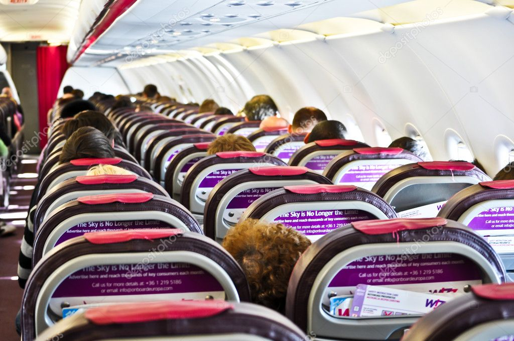 L 39 int rieur d 39 un avion wizzair photo ditoriale for L interieur d un avion