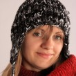 Young girl with beanie — Stockfoto #8611563