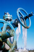 . The valve on the gas field — Foto Stock