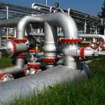 Ruská produkce ropy. Vestavná jednotka na ropné pole — Stock fotografie #9181117