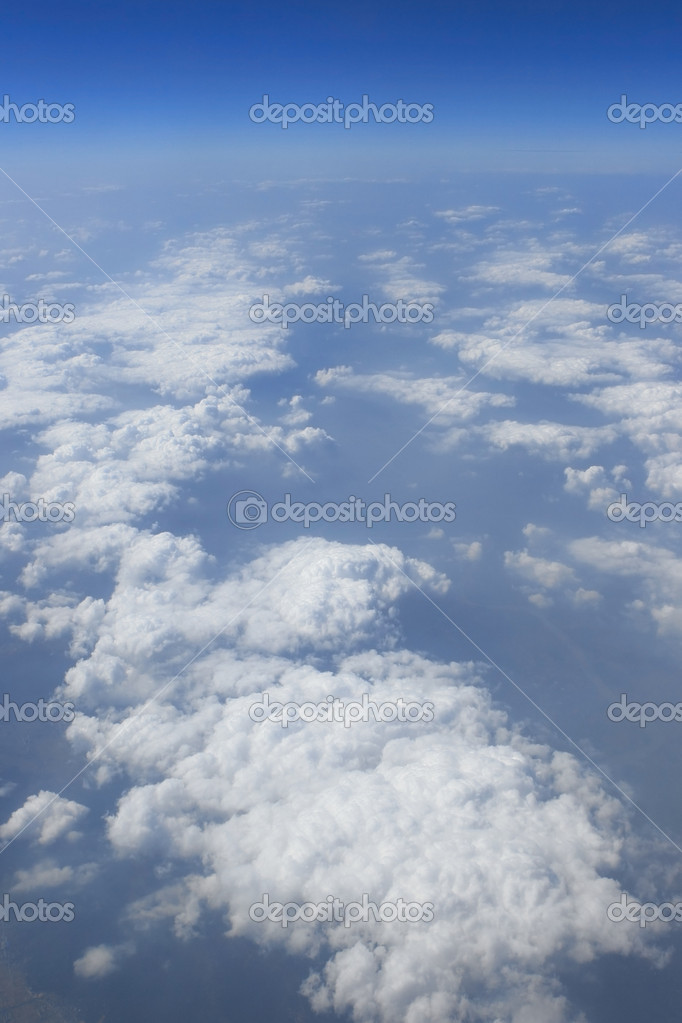 Гол�бое небо облака вид из �амоле�а �амоле�а Солне�н�й