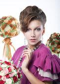 Tatil - güzellik kız ile şenlikli çiçek sanat portre — Stok fotoğraf