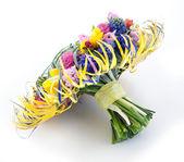 Stile matrimonio - bouquet da sposa da giardino fiori colorati — Foto Stock
