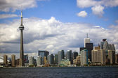 Cityline with Toronto CN Tower — Stock Photo