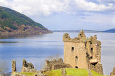 Urquhart Castle on Loch Ness in Scotland — Stock Photo