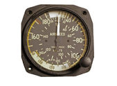 Antique airspeed indicator — Stock Photo