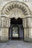 Door of the San Jeronimo college of Santiago de Compostela — Stock Photo