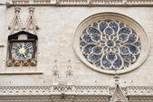 Clock of facade to Saint Jean cathedral Lyon,France — Stock Photo
