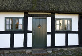 Old House with Thatched Roof — Stock Photo