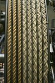 在旧的蒸汽发动机上的绳索 — 图库照片