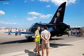 Royal airforce pilots near to a BAE Hawk — Stock Photo