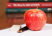 Afternoon snack with pencil, paper and eraser — Stock Photo