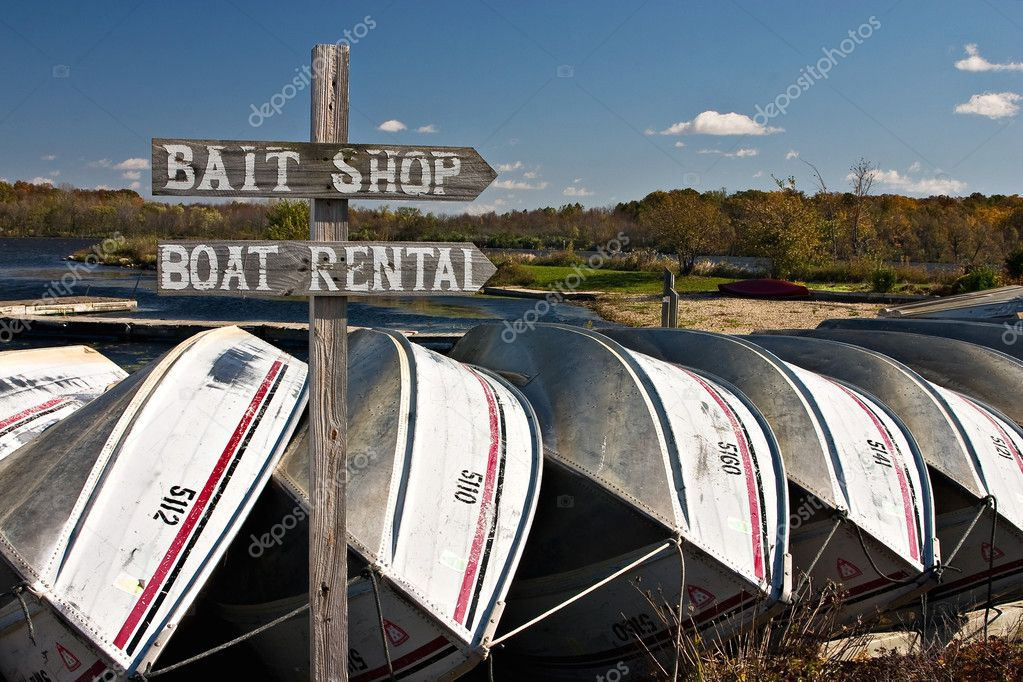 Boats tied down for the season's end — Stock Photo #9399274