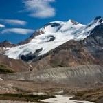 Slow melt of a glacier — Stock Photo #9677387