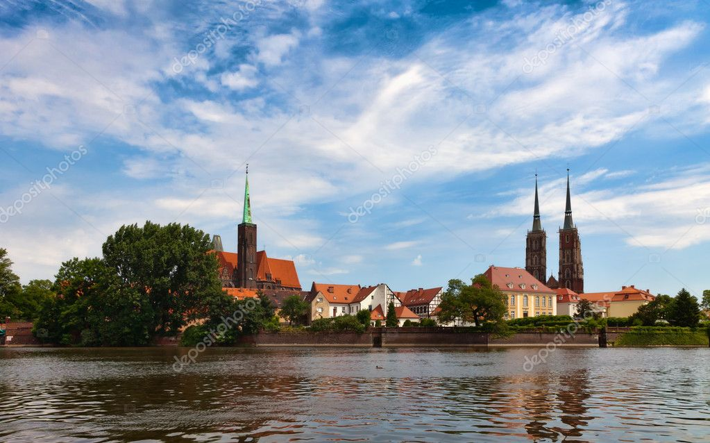 Cathedral church in Wrocław, Poland, view from the Katedralna Street — Stock Photo #8695686