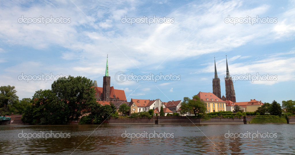 Cathedral church in Wrocław, Poland, view from the Katedralna Street — Stock Photo #8696775