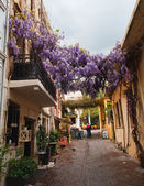 Narrow streets in Chania, Greece — Stock Photo
