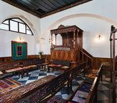 Grabsteine in der synagoge in chania, kreta, griechenland — Stockfoto