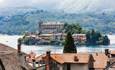 Ostrov orta san giulio, jezero orta, itálie — Stock fotografie