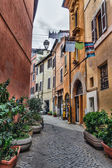 Laundry in Trastevere district of Rome, Italy — Stock Photo
