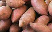 Red, Sweet potatoes — Stock Photo