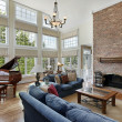 Large family room with two story windows — Stock Photo