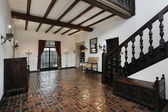 门厅与木梁 — 图库照片