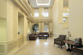 Lobby with sitting area — Stockfoto