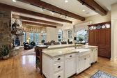 Кухня с камином — Стоковое фото