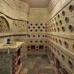 ������, ������: Wine cellar portholes