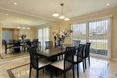 Sala de jantar com mesa preta — Foto Stock