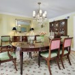 Dining room with butler's pantry — Lizenzfreies Foto