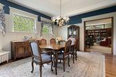 Sala da pranzo in casa di periferia — Foto Stock