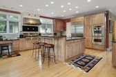 Kuchnia w luksusowy dom — Zdjęcie stockowe