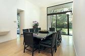 Salón comedor con ventanal — Foto de Stock