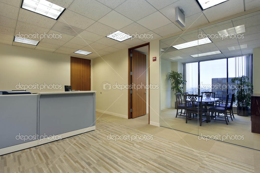Reception area in high rise office building — Stock Photo #8701380