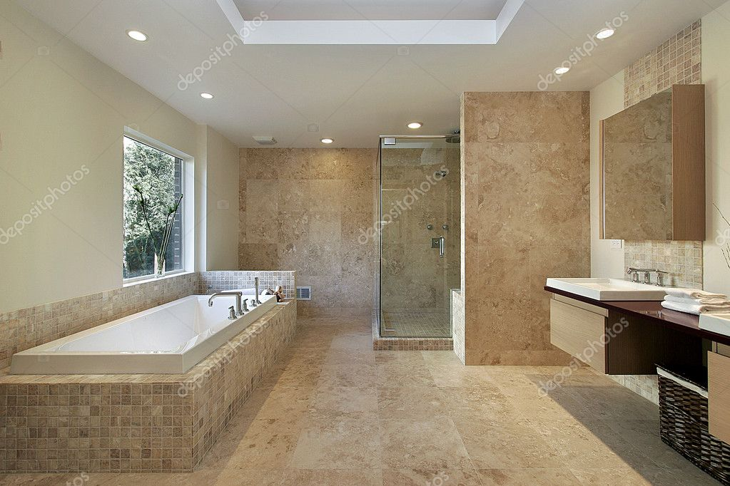 Modern master bath with marble walls and glass shower — Stock Photo #8702564