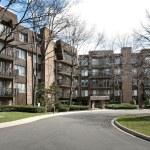 Front view of condominium complex — Stock Photo #8716865
