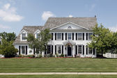 Colonial home in suburbs — Stock Photo