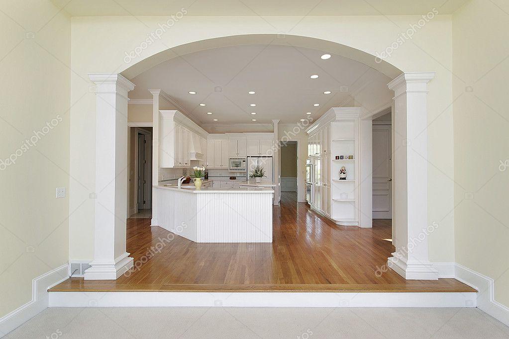 Cucina con arco foto stock lmphot 8716685 - Cucina con arco ...