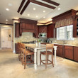 Large wood kitchen — Stockfoto
