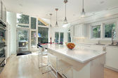 Sleek white kitchen — Stock Photo