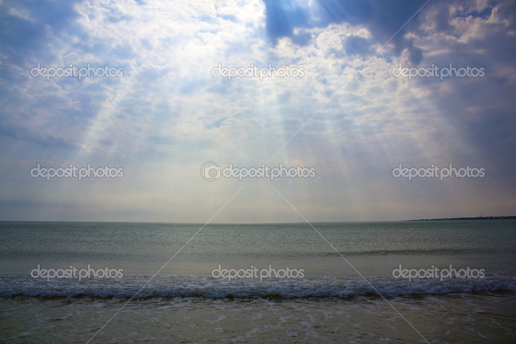 Dramatic sky over the sea — Stock Photo #9653863