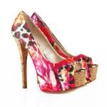 Pattern fuchsia shoes — Stock Photo