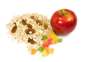 Granos, fruta confitada y manzana — Foto de Stock