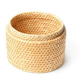 Straw basket — Stock Photo