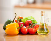 Healthy food fresh vegetables peppers and tomatoes on the table — Stock Photo
