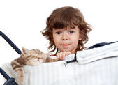 Funny child with attractive kitten — Stock Photo