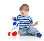 Bambino piccolo montaggio costruzione impostata su sfondo bianco — Foto Stock
