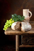Bread and wine — Stock Photo